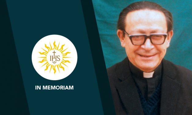 Mons. Alfredo Noriega, SJ