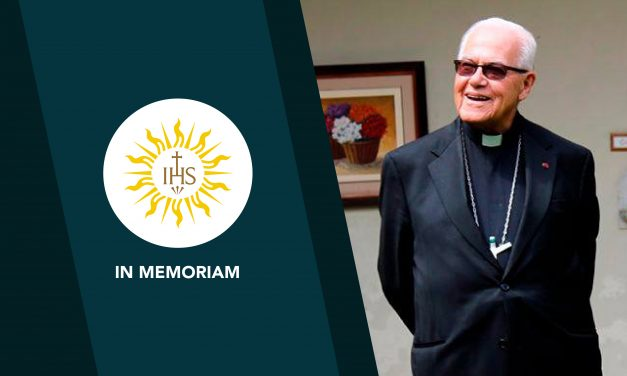 Mons. Luis Bambarén Gastelumendi, SJ